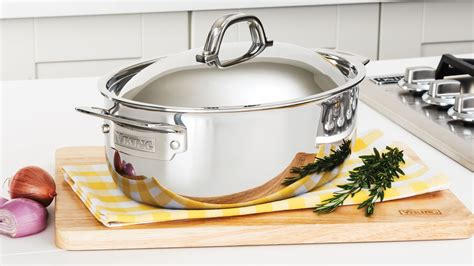 viking tri ply stainless steel oval dutch oven  quart cutlery