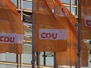 Tür Schließt Nur Mit Druck : nrw cdu chef laschet schlie t koalition nur mit afd und linken aus ~ Orissabook.com Haus und Dekorationen