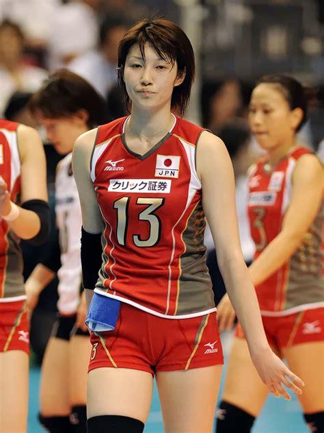 gambar  atlet voli cantik indonesia nggak kalah sama