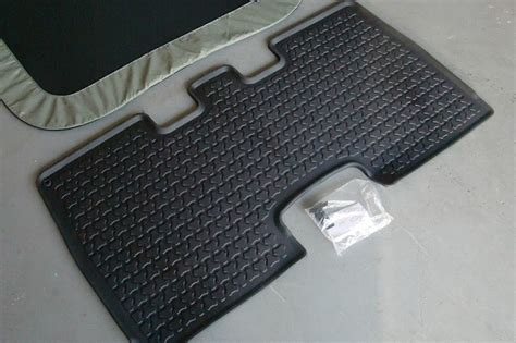 honda element floor mats 2003 honda element rear floor mat and rear sunroof shade