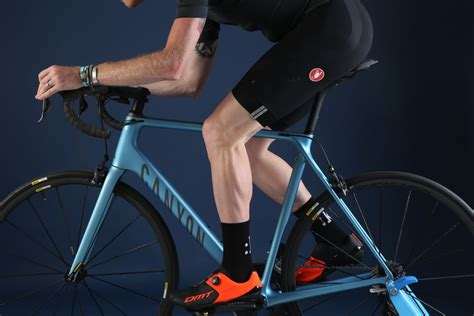 saddle right cycling bike knee beginners adjust pain why weight perfect discomfort