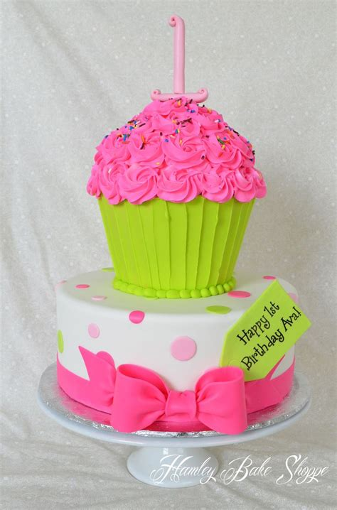 144 Best Images About Cakes  Giant Cupcake On Pinterest