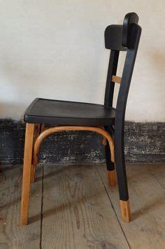 comment repeindre une chaise en bois vernis supérieur comment repeindre une chaise en bois vernis 3 mamba chaise bistrot bois ann233es