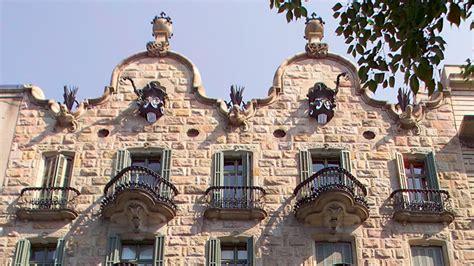 wine bureau casa calvet visit barcelona