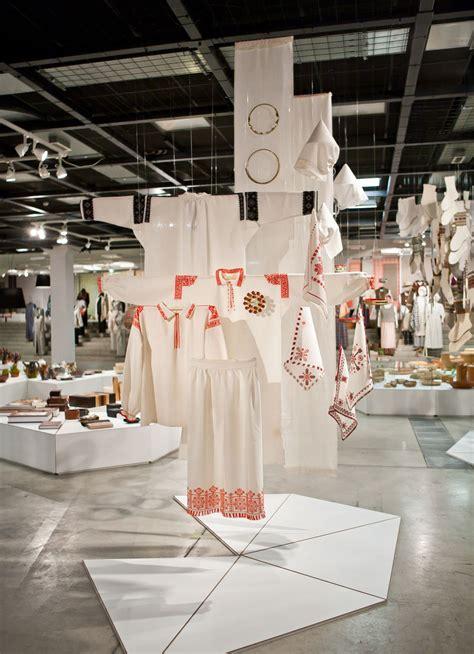 Latviešu amatnieki un dizaineri Rīgas Mākslas Telpā ← FOLD