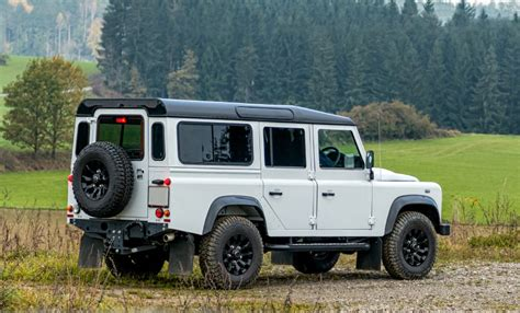 I'm mainly just looking for some tips, but thought this could be a good way for people to share their opinions, maybe pick up some tips for themselves, and discuss what works for them. New Land Rover Defender   4x4 Off-Road SUV Launch 2019