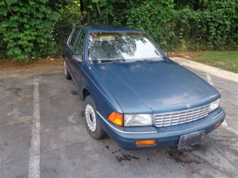 sell   plymouth acclaim base sedan  door