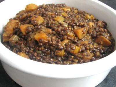 lentille cuisine lentilles à la tomate à la marocaine supertoinette la