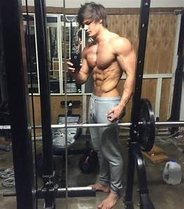 Jeff Seid Shows Off What 8 Years Of Serious Lifting Looks Like In New Transformation Pic