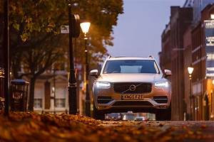 Volvo Xc90 Momentum 5 Places : volvo xc90 d5 awd momentum 2015 review super intelligent suv ~ Medecine-chirurgie-esthetiques.com Avis de Voitures
