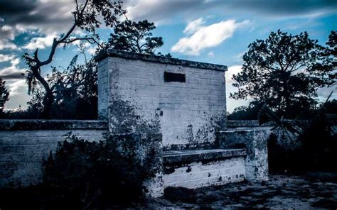 Devils Chair Cassadaga Location by 8 Of The Most Creepy Legends In Florida