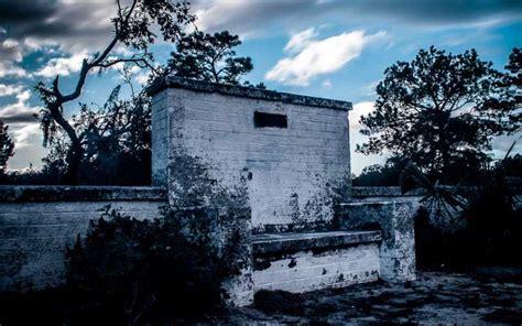 devils chair cassadaga location 8 of the most creepy legends in florida
