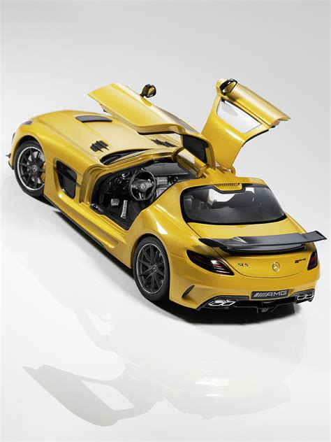 The engine features revised internals which bumps up power, reduces torque in. Mercedes SLS AMG Black Series In the Ratio 1:18 - eXtravaganzi