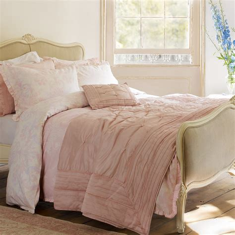 bedding ideas 6 laura ashley bedding ideas in photos