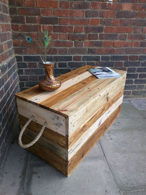 rustic striped storage chest trunk coffee table  rope