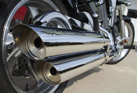 How To Clean A Motorcycle Exhaust Pipe
