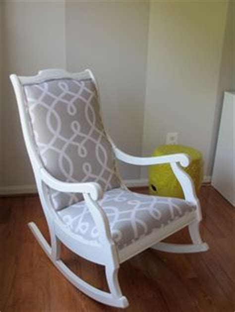 easy retro chair makeover using 1 2 chalk paint 2 behr