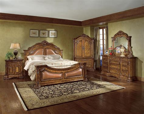 Broyhill Bedroom Furniture White