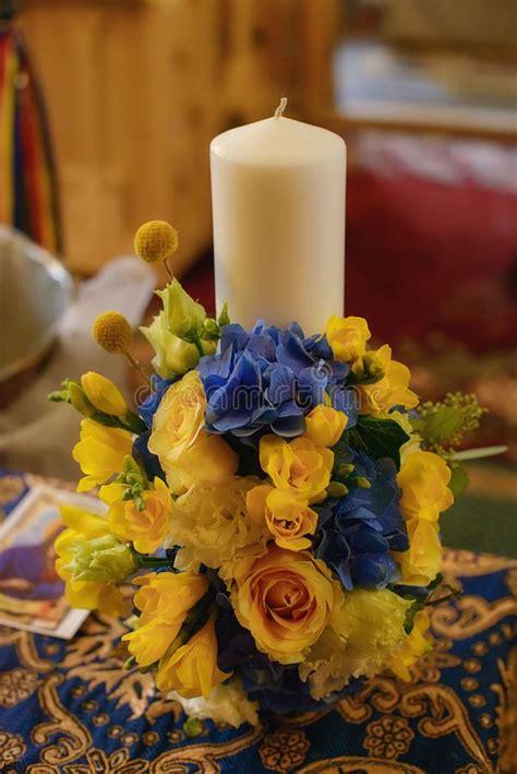 candela battesimale candela per la prima comunione santa fotografia stock