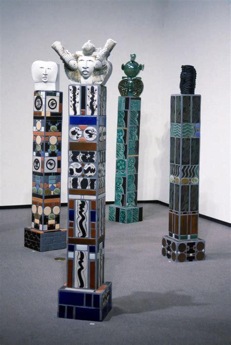 sculpture totems