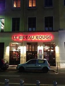 Le Rideau Rouge Performing Arts Croix Rousse Lyon