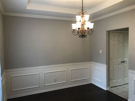 walls repose gray  sherwin williams ceiling extra