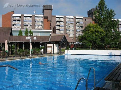 Hotel Danubius Health Spa Resort Buk ****  Medical Spa. Scenic Hotel Marlborough. H10 Universitat Hotel. Nettuno Hotel. Hotel Franco. Severnside Bed & Breakfast. Sunshine Corfu Hotel & Spa. Chambre D'hotes Domaine Le Tresy Hotel. Do Parque Hotel