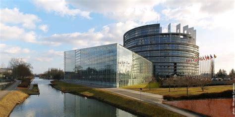 siege du parlement strasbourg siège du parlement européen les jeunes