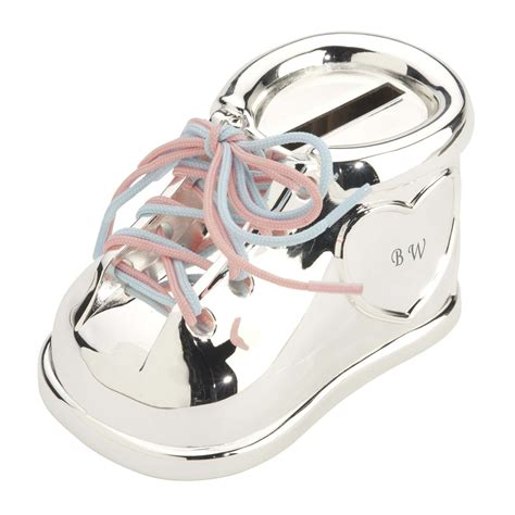 chaussure tirelire pour bebe initiales ideecadeaufr
