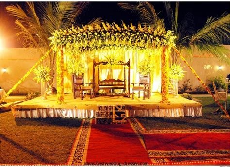 Simple Mehndi Stage Decoration by Indian Mehndi Stage Design Amp Decoration