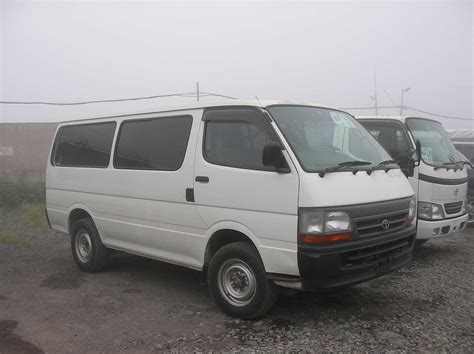 Toyota Hiace by Used 2003 Toyota Hiace Photos 3000cc Diesel Automatic