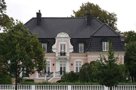 zlatan laisse tomber sa villa su 233 doise actualit 233 s seloger