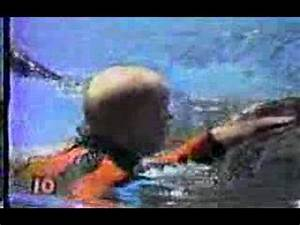 Killer Whale Attacks Man At Sea World - YouTube