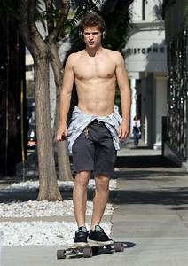 Pretty Little Liars hunk, Keegan Allen, who plays Toby ...