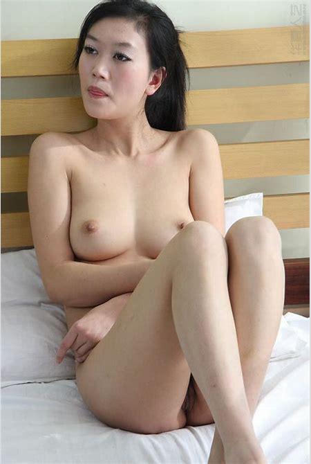 vietnam girl naked