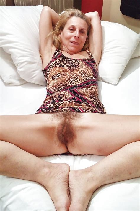 Lilly Sexy US MILF With Hairy Pussy Pics XHamster