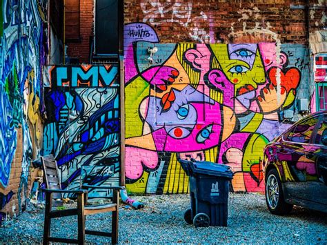 torontos graffiti alley   artists  inspire