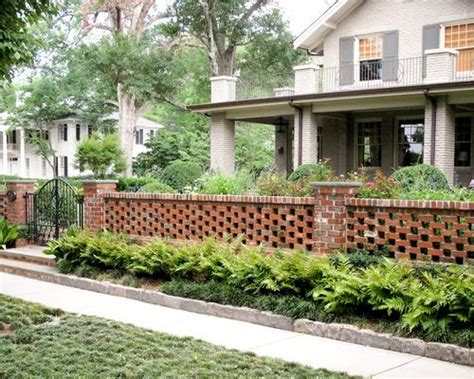 Garden Decorative Bricks by Best 25 Brick Wall Gardens Ideas On Small