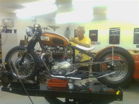 triumph bonneville  motorcycle chopper bobber custom