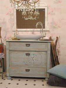Badmöbel Vintage Style : badezimmer im landhausstil schaffen eine heimat wasserheimat ~ Michelbontemps.com Haus und Dekorationen