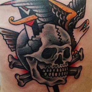 35 best Old School Skull Dagger Tattoo images on Pinterest ...