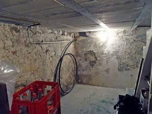 Peinture Pour Mur Humide : peinture pour mur humide peinture fait des miracles pour ~ Dailycaller-alerts.com Idées de Décoration