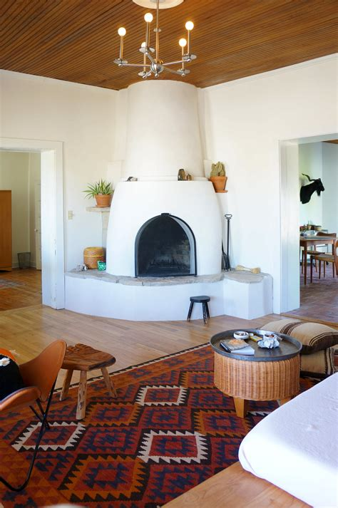 modern adobe farmhouse home  marfa southwest home