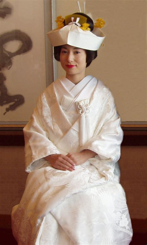 Traditional Japanese Wedding Dress by File Wedding Kimono Jpg