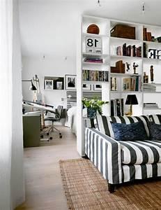 Separation Salon Chambre : coin chambre dans le salon 40 id es pour l 39 am nager ~ Zukunftsfamilie.com Idées de Décoration