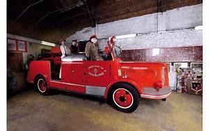 Vente Aux Encheres Vehicules : des anciens v hicules de pompiers mis en vente aux ench res hotchkiss premier secours 1958 ~ Maxctalentgroup.com Avis de Voitures