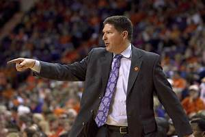 Clemson Tigers head coach Brad Brownell gets six-year deal ...