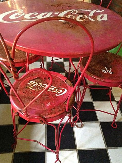 sold to stacey vintage coca cola table