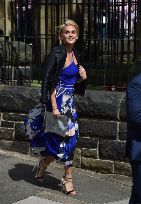 Declan Donnelly and Ali Astall wedding: Guests arrive at ...