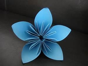 Papierblumen Selber Basteln : blume aus papier basteln ~ Orissabook.com Haus und Dekorationen